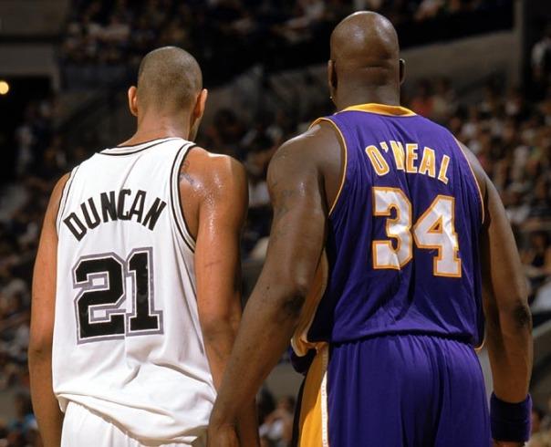 Shaq e Duncan marcaram época. Ambos são considerados dois dos melhores jogadores da época pós-Jordan