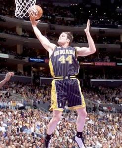 Jogador, de 33 anos, ficou conhecido quando atuou ao lado de Reggie Miller no Indiana Pacers