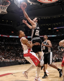 Derrota para o Raptors foi último jogo do qual Manu participou. (Photo by Getty Images)