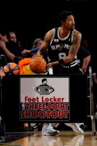 Mason descartou ser trocado e ganhou pontos com a comissão técnica do Spurs (Photo by Kevork Djansezian/Getty Images)