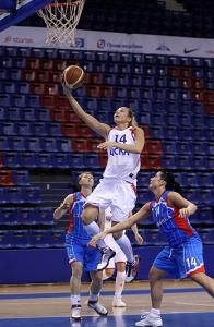 Liudmila Sapova ganhou espaço e jogou bem após a saída de Katie Douglas