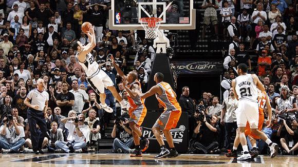 Ginobili, como nos velhos tempos, dá vitória ao San Antonio Spurs