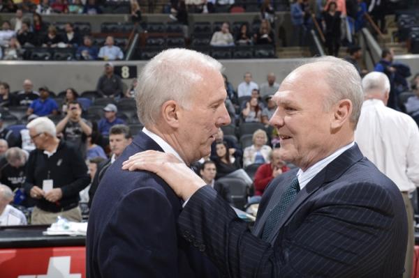 Gregg Popovich e George Karl: duelo de gigantes (NBAE/Getty)