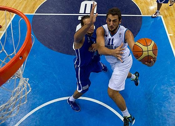 Belinelli em ação pela Itália (FIBA Europe/Castoria/Metlas)