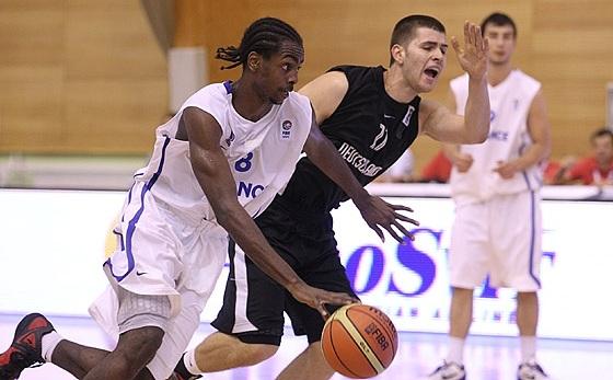 Jean-Charles sempre defendeu seleções de base na França (Ales Fevzer/FIBA Europe)