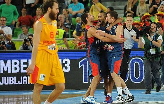 Pode comemorar, Parker! (FIBA Europe/Castoria/Ceretti)