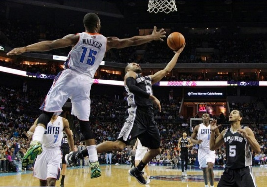 Mills esteve em noite iluminada (NBA/Getty Images)