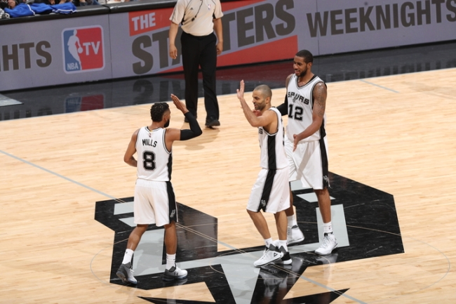 Memphis Grizzlies v San Antonio Spurs - Game Five