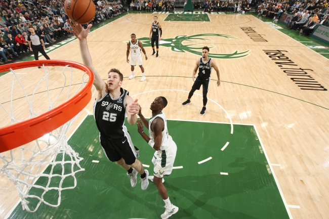 San Antonio Spurs v Milwaukee Bucks